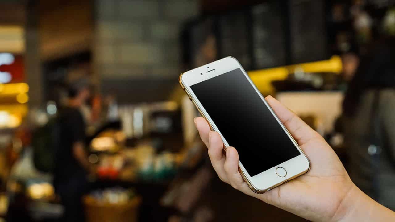 Handphone-Membutuhkan-Waktu-Lama-untuk-Dimatikan